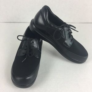 Leather Propet Comfort Sneakers/shoes Sz 7M